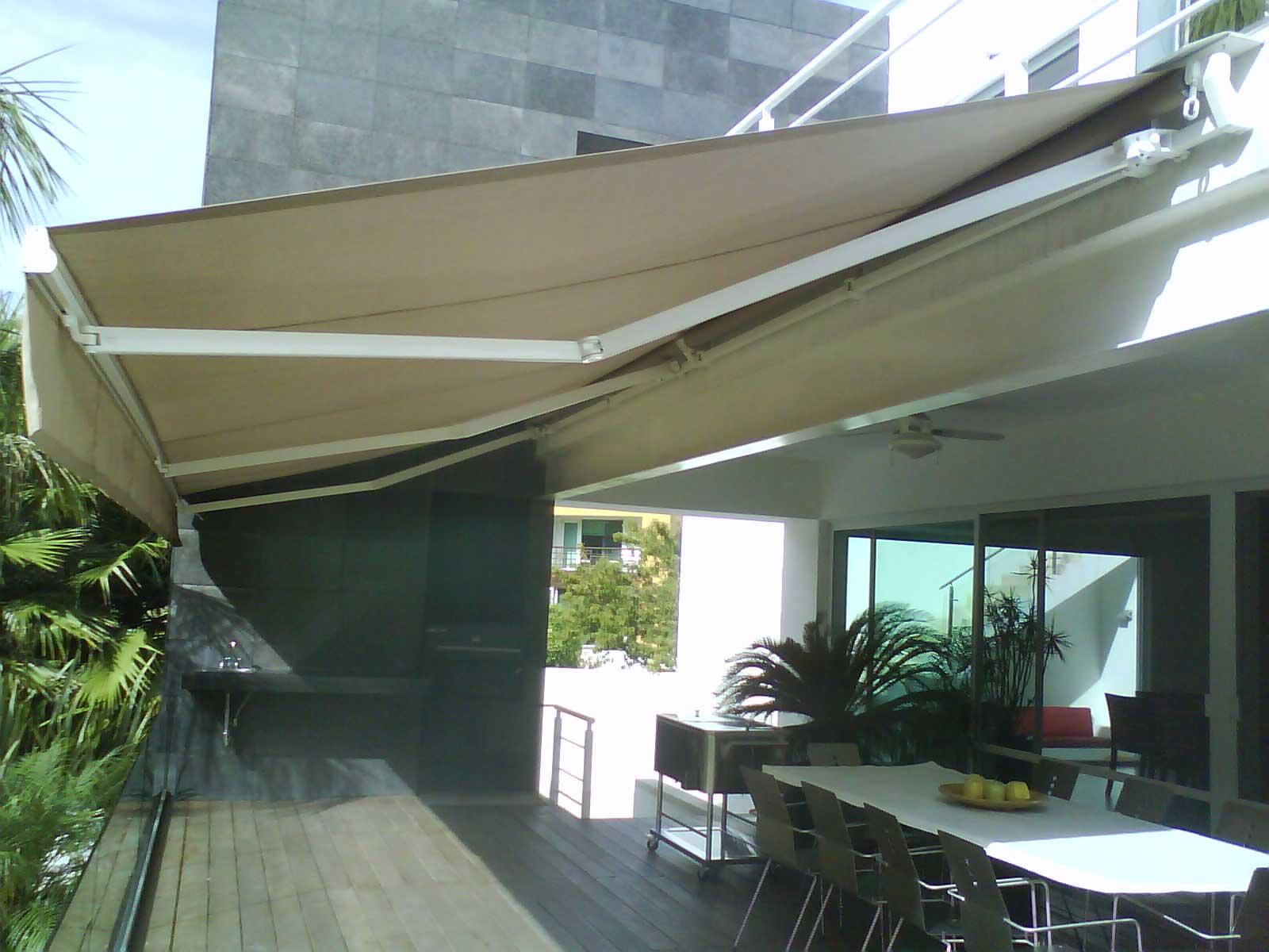 Telas Para Toldos Y Sombrillas De Exterior Sunbrella - Sombrillas-para-terrazas